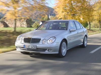 Каркасные шторки на Mercedes-Benz E-klasse W211 (с 2002 по 2009)