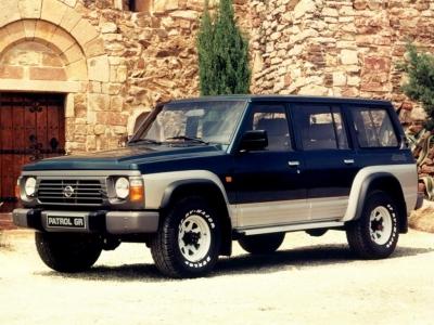 Каркасные шторки на Nissan Patrol 4 Y60 (с 1987 по 1997)