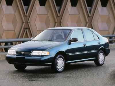 Каркасные шторки на Nissan Sunny N16 (с 2000 по 2003)