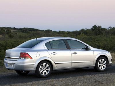 Каркасные шторки на Opel Astra H (с 2007 по н.в.)