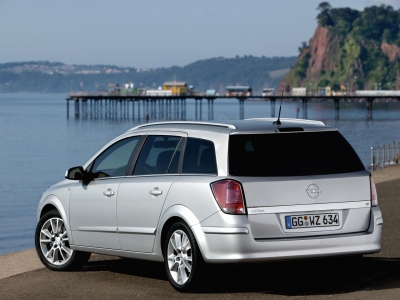 Каркасные шторки на Opel Astra H Caravan (с 2004 по 2014)