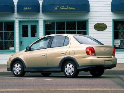 Каркасные шторки на Toyota Echo (5-дв., с 1999 по 2003)