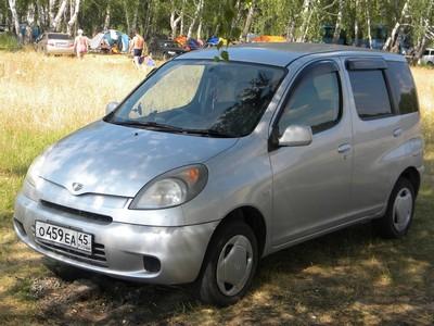 Каркасные шторки на Toyota Funcargo (5-дв., с 1999 по 2005)