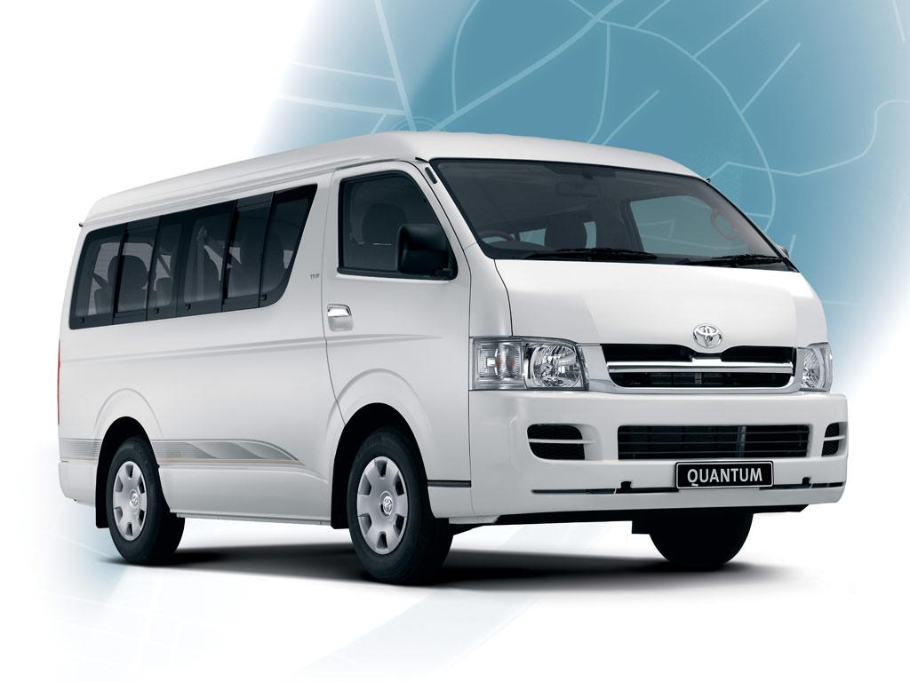 Каркасные шторки на Toyota Quantum Bus (Фургон, 4-дв., с 2004 по н.в.)