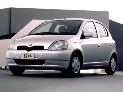 Каркасные шторки на Toyota Vitz (5-дв., с 1999 по 2005)