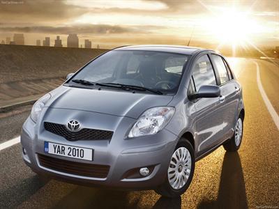 Каркасные шторки на Toyota Yaris P2 (5-дв., с 2005 по 2011)