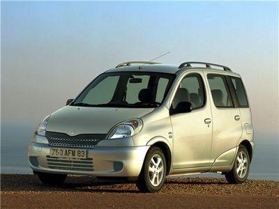 Каркасные шторки на Toyota Yaris Verso (5-дв., с 1999 по 2003)