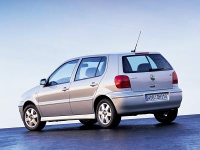 Каркасные шторки на Volkswagen Polo 4 9N3 (5-дв., с 2005 по 2009)